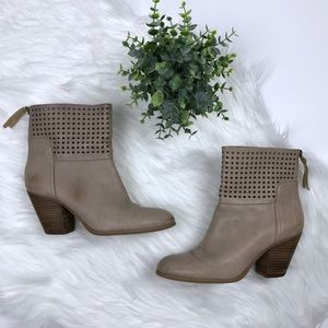 Nine West Womens HIPPY CHIC Leather Ankle Boots